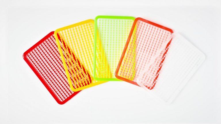 MAD CARP  Stopery do kulek proteinowych. MAD CARP. Znakomicie nadają się także do pelletu. Wymiary 68mm x 45mm.Zestaw 144 szt.