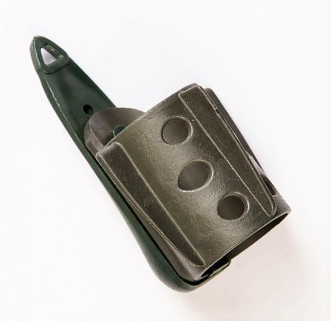 MAD CARP Koszyk zanętowy 30X40  feeder  nr 2. Wymiary 30mm x 40mm.Koszyki wykonane są z trwałego , niepękającego plastiku , którym pokryty jest także ciężarek.  Znakomicie utrzymują zanętę , stopniowo uwalniając ją do wody. Koszyki większych rozmiarów , doskonale sprawdzą się także na rzece. Dodatkowo wyposażone są w rurkę , która zabezpiecza zestaw przed splątaniem żyłki.