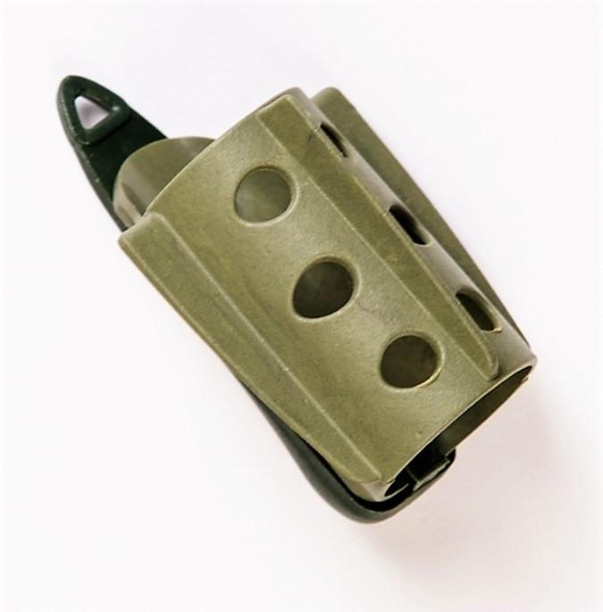 MAD CARP Koszyk zanętowy 30X50  feeder  nr 2. Wymiary 30mm x 50mm.Koszyki wykonane są z trwałego , niepękającego plastiku , którym pokryty jest także ciężarek.  Znakomicie utrzymują zanętę , stopniowo uwalniając ją do wody. Koszyki większych rozmiarów , doskonale sprawdzą się także na rzece. Dodatkowo wyposażone są w rurkę , która zabezpiecza zestaw przed splątaniem żyłki.