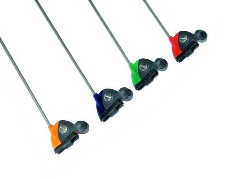 MAD CARP  Sygnalizator brań z kulkami magnetycznymi. Kolor czerwony granatowy zielony żółty. Swinger