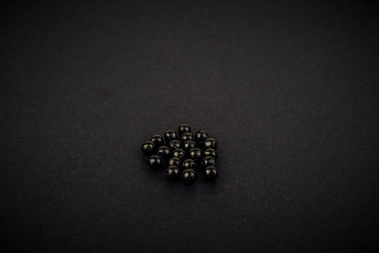 MAD CARP  Koraliki zderzakowe, czarne, 4mm.