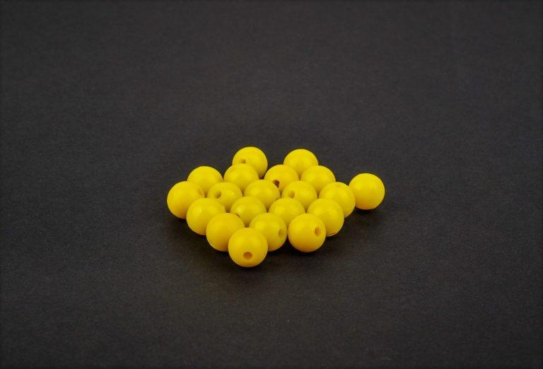 MAD CARP  Koraliki zderzakowe. Przekrój 8mm. Kolor żółty.Koraliki wykonane z gumy (ENSOFT SX-300-15A-D2-000), idealne do zabezpieczania węzłów. 20 sztuk w opakowaniu.